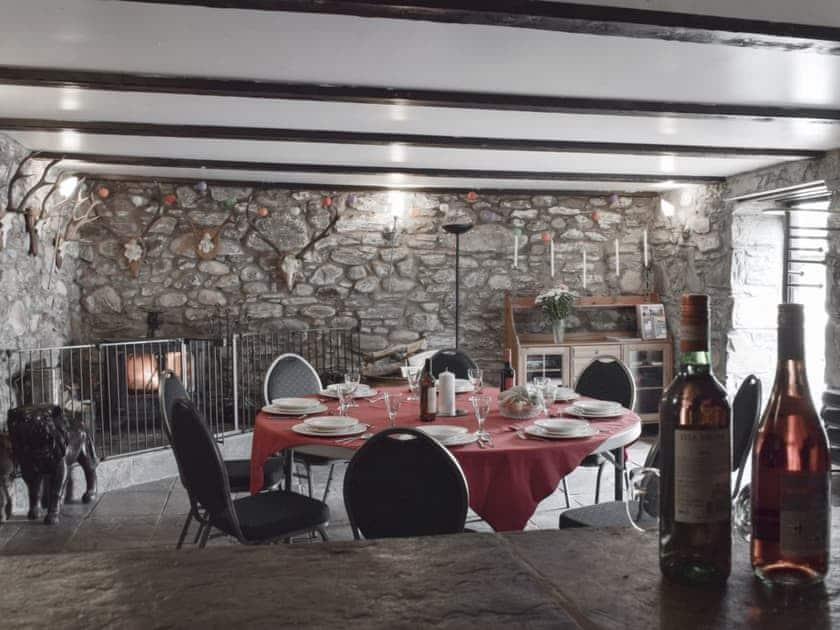 Charmingly furnished family room | Acharn Lodges, Killin