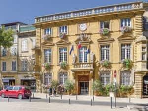La cachette chic ref fpb322 in salon de provence for Cic salon de provence
