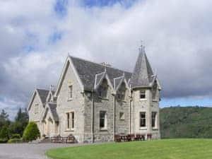 Inveroykel Lodge