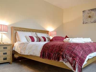 Wonderful double bedroom   Castle View, Llananno, near Llandrindod Wells