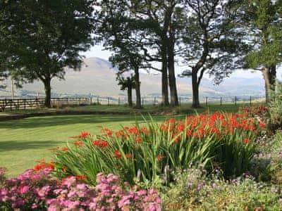 Pretty gardens and grounds | Mungrisdale, near Keswick