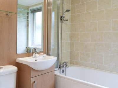 Bathroom   Robins Nest, White Cross Bay, near Windermere