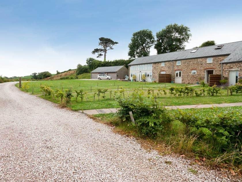 Pretty communal lawned garden to front  | Braeburn, Slapton