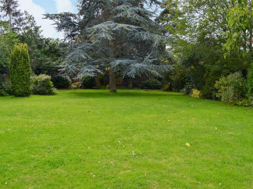 Large lawned garden | Sea Glimpse, West Runton, near Sheringham