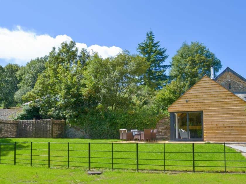 Fabulous, detached, architect-designed barn conversion | Daffodil - Lower Millcombe Barns, Linkinhorne, near Callington
