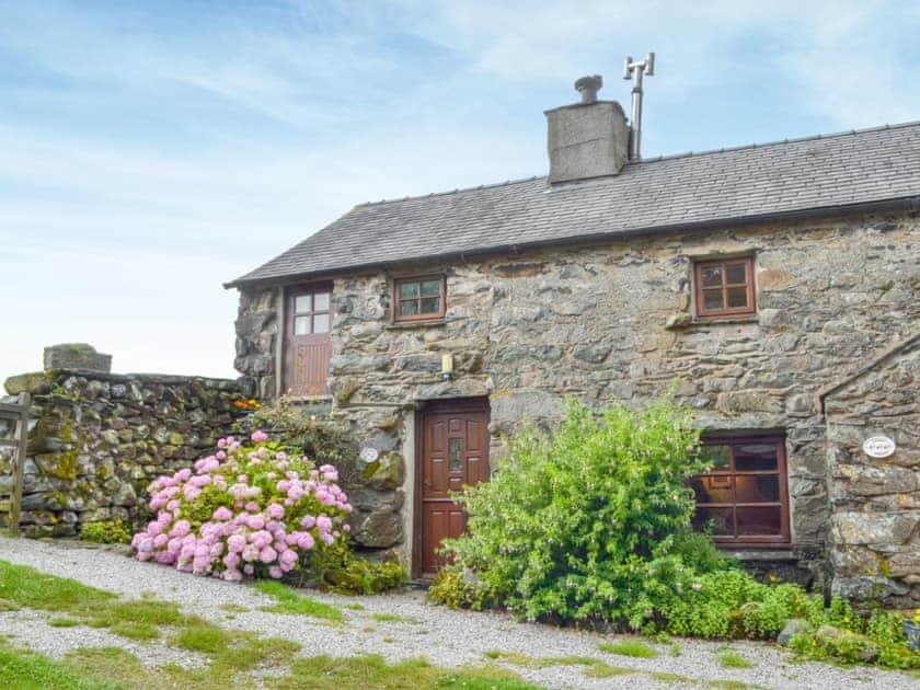Ganny Cottages - Ganny Cottage