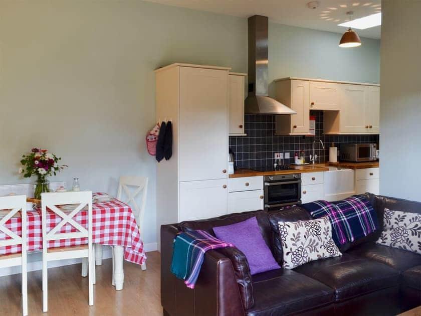 Open plan living space | The Stables - Higher Farm, Martin, Fordingbridge