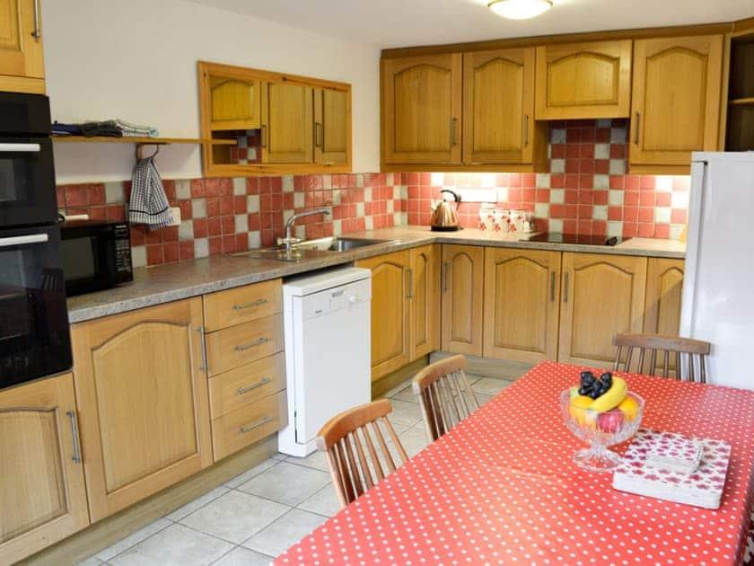 Kitchen with dining area | The Cider Barn, Wellington, near Taunton
