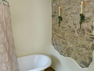 Characterful Bathroom With Roll Top Bath