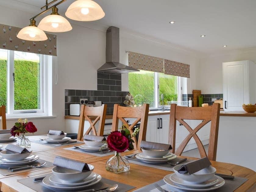 Dining area & kitchen | Fourwinds, Keswick
