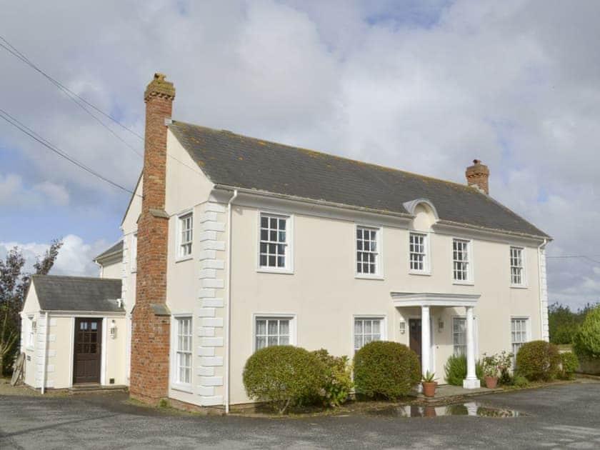 Kennacott Court Cottages - Kennacott House