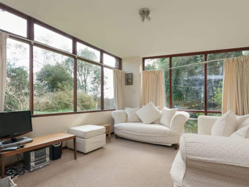 Comfortable living area | Anchorage Studio, Salcombe