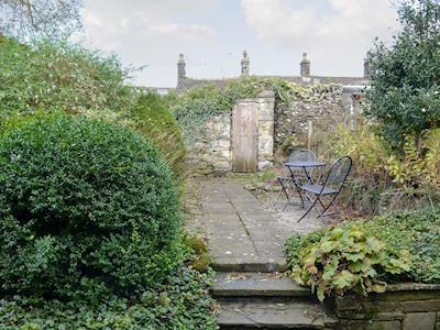 Rear courtyard and garden | Ivy Cottage, Grassington, near Skipton
