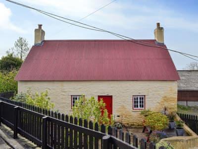 Wonderful holiday home   Henglyn, Palleg, near Ystradgynlais