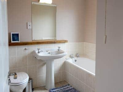 Bathroom | Morlich, Gairloch