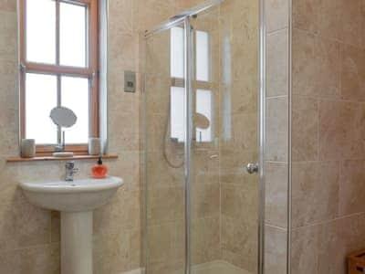 Shower room | Beith, Hungladder, near Uig