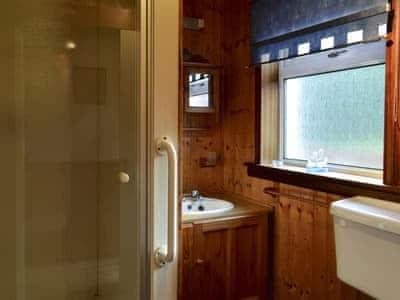 Shower room | Riverside Cottage, Drumnadrochit, near Loch Ness