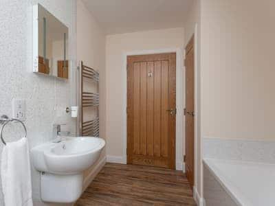 Bathroom | Tigh Fraoich, Carbost, near Portree