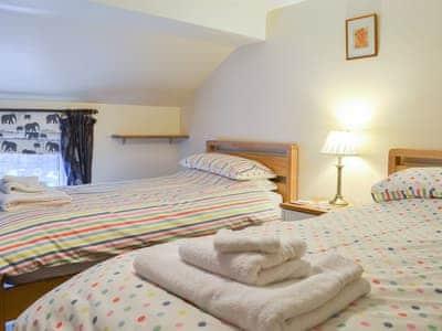 Cosy twin bedded room | Sunnybank, Summerbridge, near Pateley Bridge