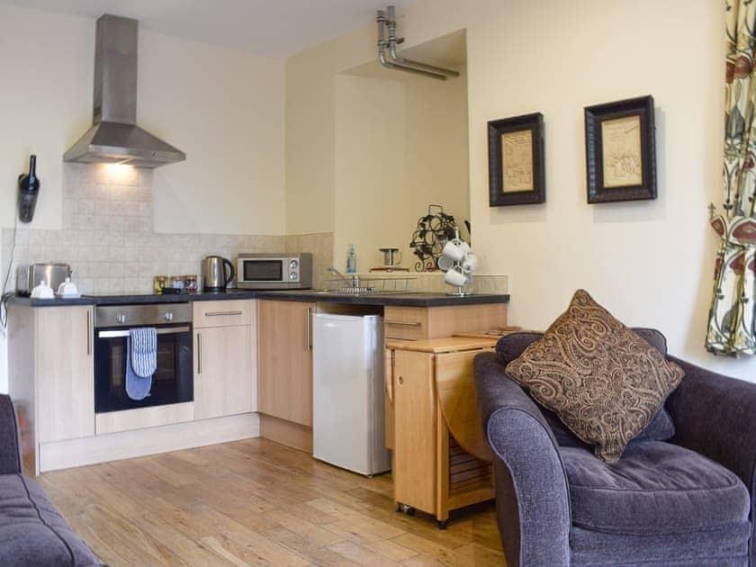 Well equipped kitchen area   Auchendennan  - Rose Cottage - Auchendennan, Arden, Alexandria