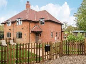 Swardeston Cottages - Cowslip Cottage