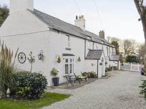 Bryn Euryn Cottage