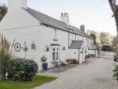 400 year old white-washed semi-detached holiday cottage   Bryn Euryn Cottage, Rhos-on-Sea, near Colwyn Bay