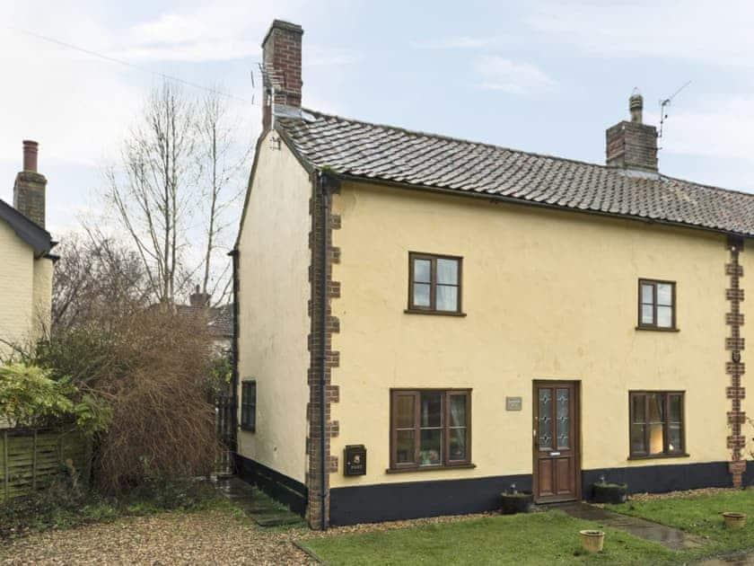 Lovingly renovated cottage | Horseshoes House, Saham Toney, near Thetford