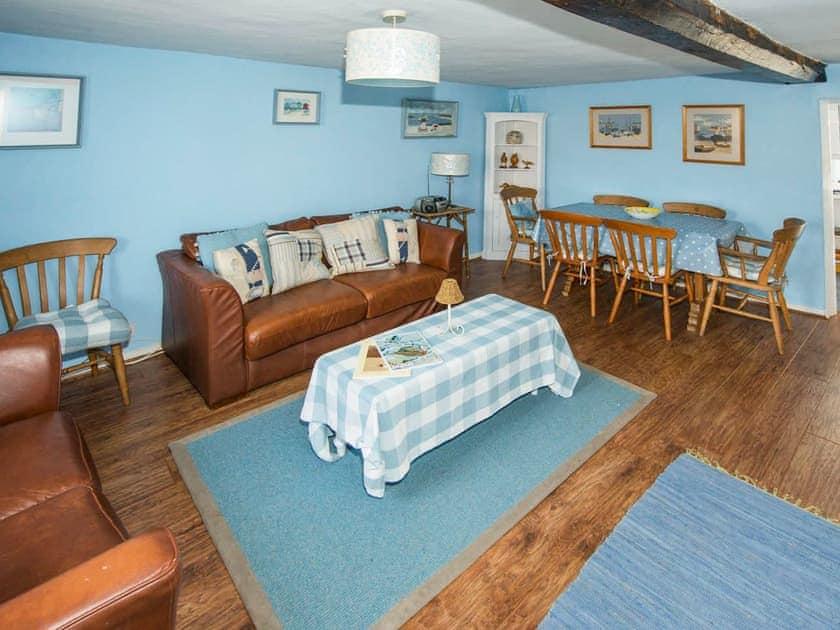 Blakeney Quayside Cottages - Delphinium Cottage