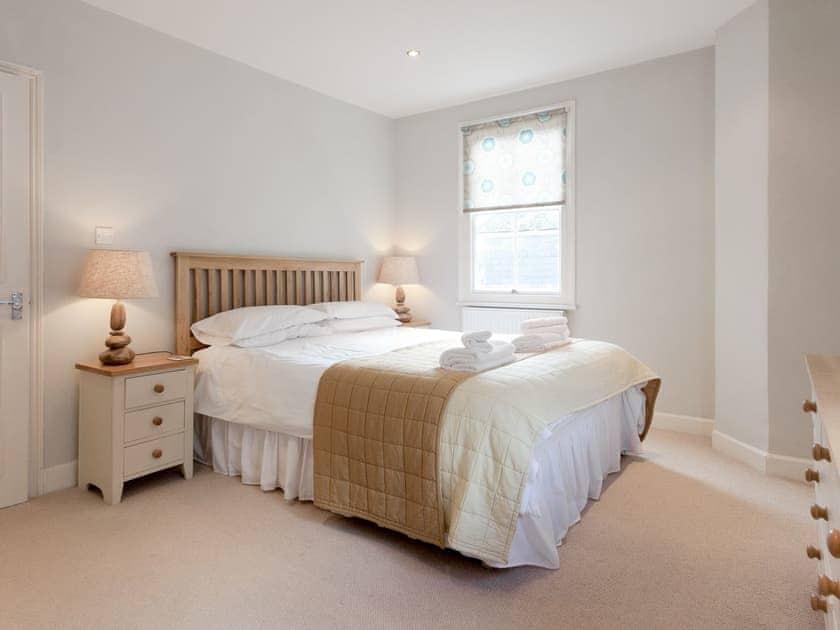 Comfortable double bedroom   Bayards View, Apartment 3, Dartmouth