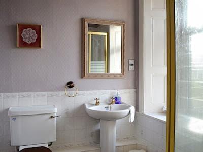 Shower room | Albion House, Castle Douglas