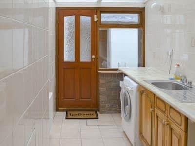 Utility room | Llys Y Craig, Near Penraeth