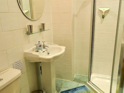Shower room | Youngers Cottage, Warkworth