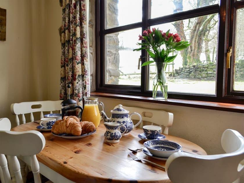 Dining area | Kite 1 - Cwm Chwefru Cottages, Newbridge-on-Wye, near Builth Wells
