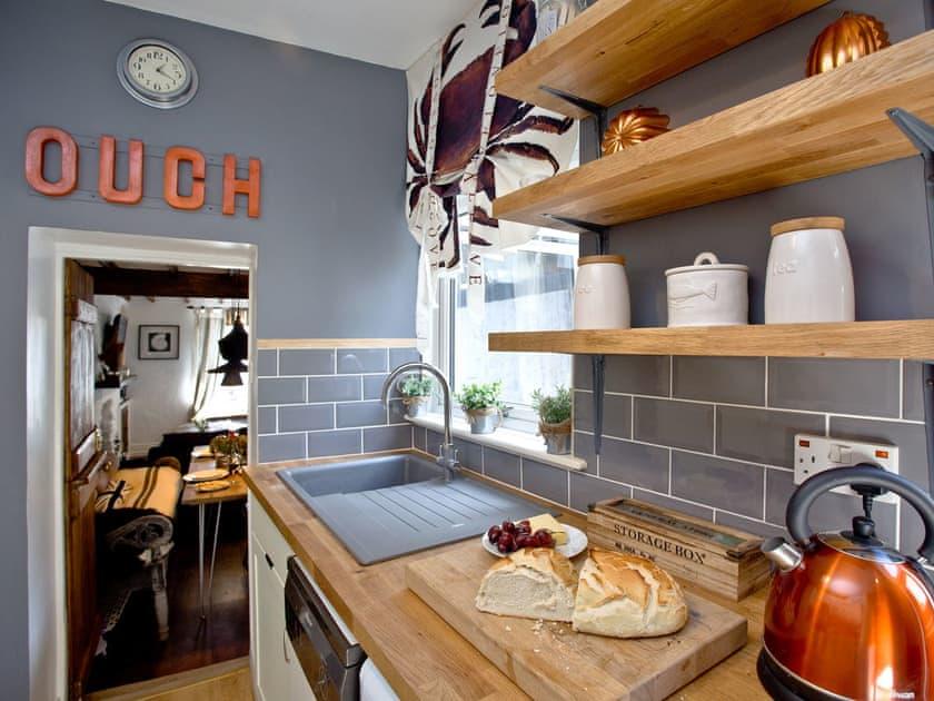 Contemporary kitchen   Fishlegs, Brixham