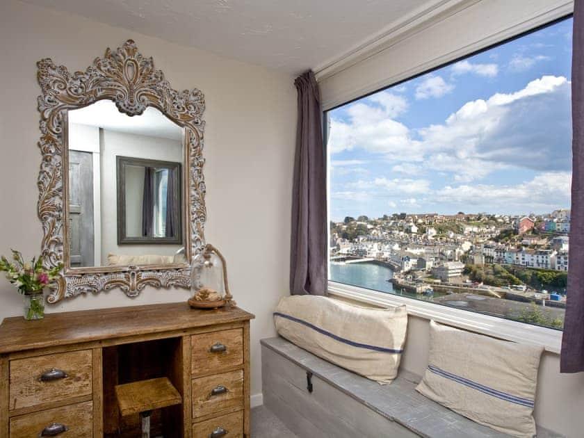 Tranquil double bedroom   Fishlegs, Brixham