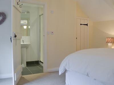 Double bedroom with en-suite | Dodd's Lee, Dockray
