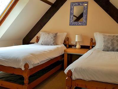 Twin bedroom   Ysgubor, Tregaron