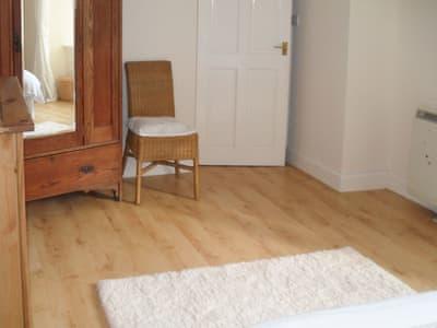 Spacious double bedroom with wooden floor | Bellevue, Strone, near Dunoon