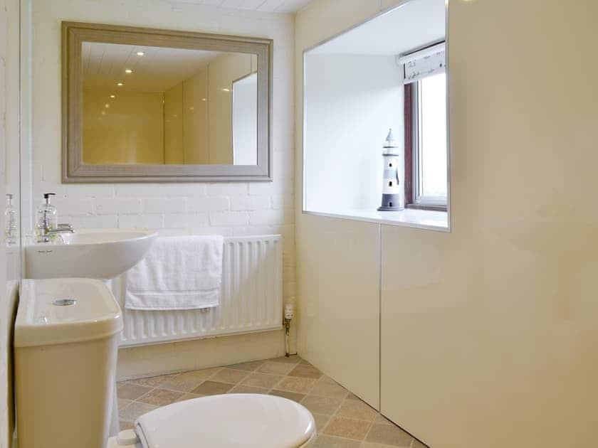 Family bathroom | The Old Granary, Holy Island, near Berwick-upon-Tweed