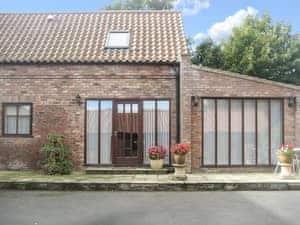 Courtside Cottages - Courtside Barn Studio