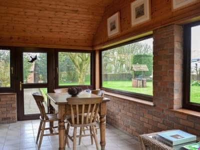 Dining area | Granary Cottage, Ulrome, near Hornsea