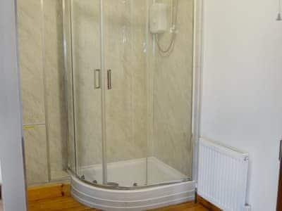 Well presented en-suite shower room | Silver Dee, Crossmichael, near Castle Douglas