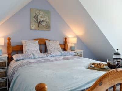 Double bedroom | Portamaggie Cottage, Killantringam, near Stranraer