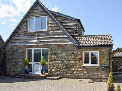 Marvelous Linden Cottage Cottages In Whitby Yorkshire Cottages Home Interior And Landscaping Oversignezvosmurscom