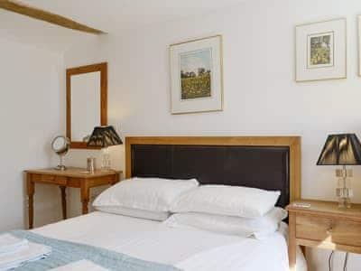 Peaceful double bedroom   The Mill Race, Applethwaite near Keswick