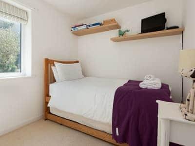 Peaceful single bedroom | Little Hillside, Dartmouth