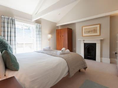 Peaceful double bedroom | Victoria Road 32a, Dartmouth