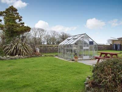 Garden | Min Y Maes, Haverfordwest