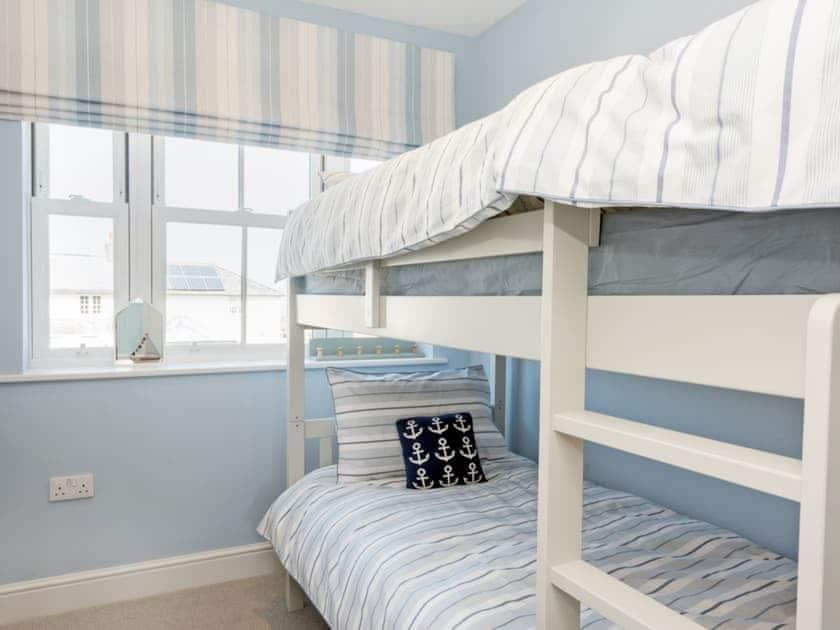 Cosy bunk bedroom | Ascot Villa, Sheringham